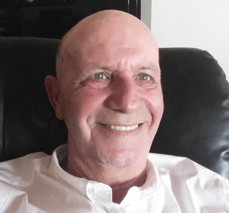 """ד""""ר אבי ברוכמןשירת במשטרת ישראל בתפקידי פיקוד מטה והדרכה. בתפקידו האחרון שימש כראש המחלקה לשיטור קהילתי, בדרגת ניצב משנה. הואעוסק במחקר ייעוץ והוראה בתחומי קרימינולוגיה ומערכת אכיפת החוק."""