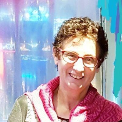 """ליאורה הרצל היא דיפלומטית ישראלית בדימוס. כיהנה כשגרירה בנורווגיה וסמנכ""""לית אמריקה הצפונית במשרד החוץ."""