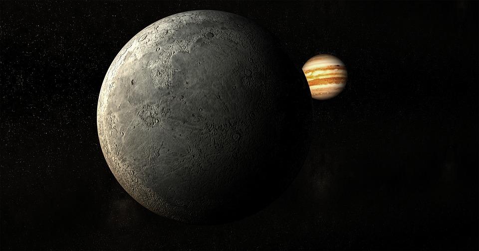 """[בתמונה: בחלל כאן מתפתח מגרש משחקי הנדל""""ן החדש, המצית את הדמיון. התחזית היא שבעשור הקרוב, יתחילו תושבי כדור הארץ להתנחל על אדמת המאדים, ופרצלציית המגרשים על הירח כבר החלה!ככול שמתרבים השחקנים בזירת החלל, כך יידרש לחוקק תקנות, שיסדירו את חלוקת נכסי הנדל""""ן הללו... תמונה חופשית - CC0 Creative Commons - שעוצבה והועלתה על ידי PIRO4D לאתר Pixabay]"""